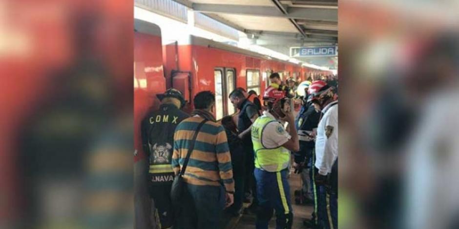 Muere hombre al caer a las vías del metro Xola