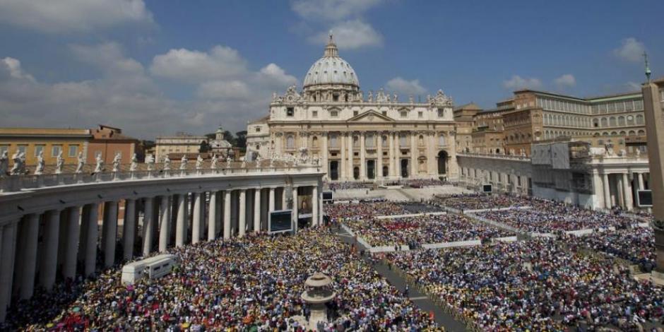 Indagarán casos de abusos atribuidos a cardenal en archivos del Vaticano