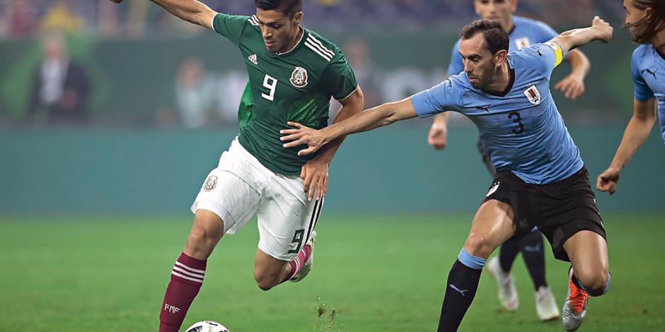 Uruguay humilla a un renovado Tri con cuatro goles