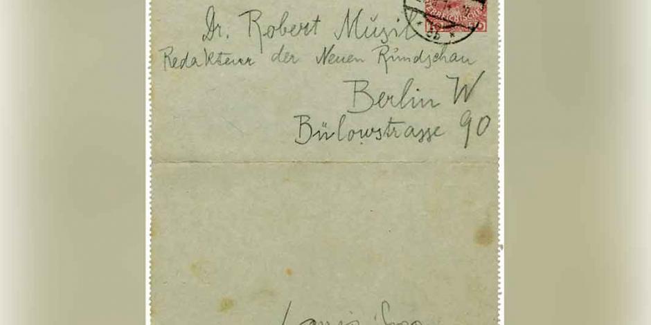 Traducen al español cartas de Franz Kafka
