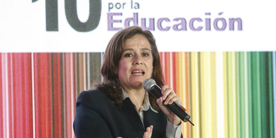 Llama Zavala a fortalecer al INEE