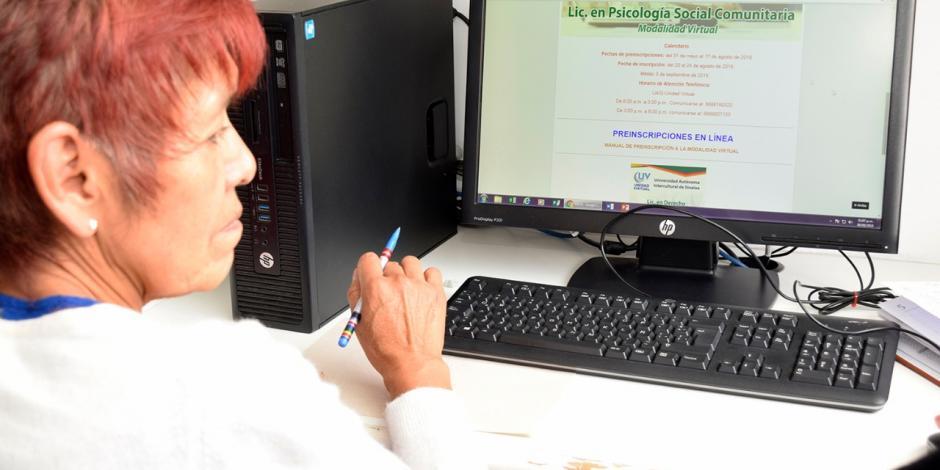 ISSSTE pone en marcha licenciatura en línea para adultos mayores