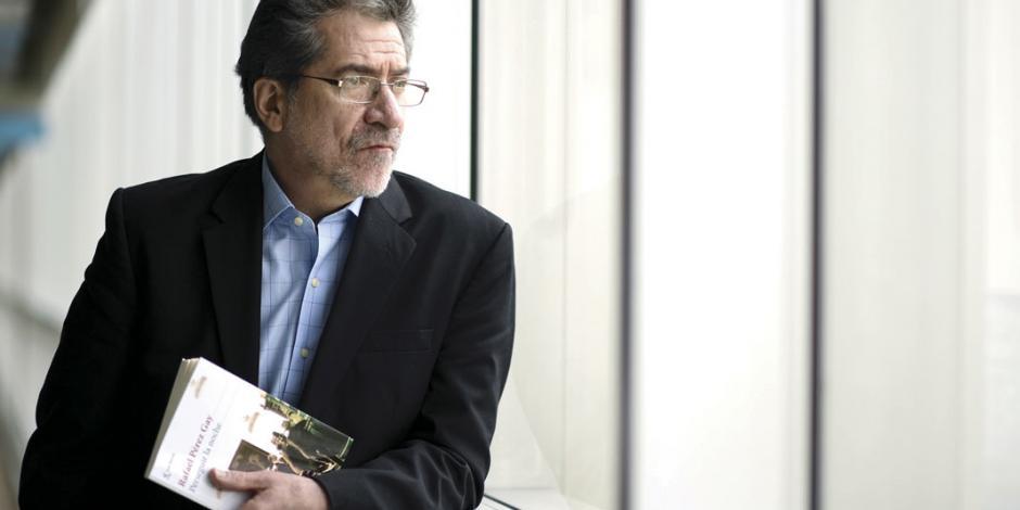 """""""Cuando la muerte  te mira, te vuelves un fantasma y te atas a la memoria"""": Pérez Gay"""