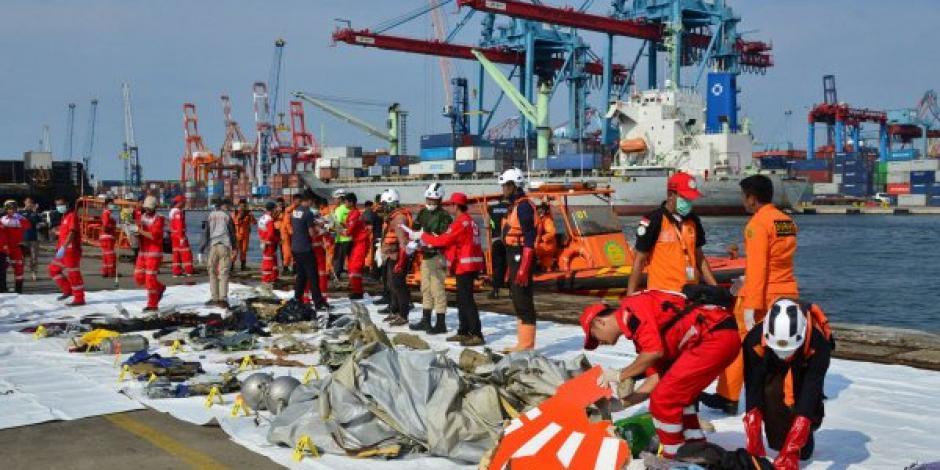 Inicia identificación de cadáveres por accidente aéreo en Indonesia