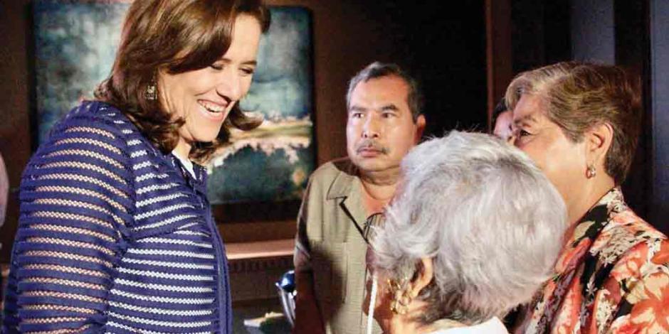 Critica Zavala 'papelazo' de expanistas