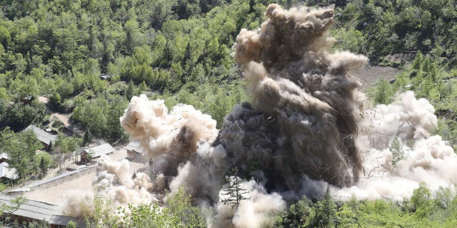 Norcorea presume la destrucción de su planta nuclear
