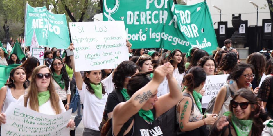 FOTOS: Marea Verde inunda la CDMX; piden aborto legal en todo México