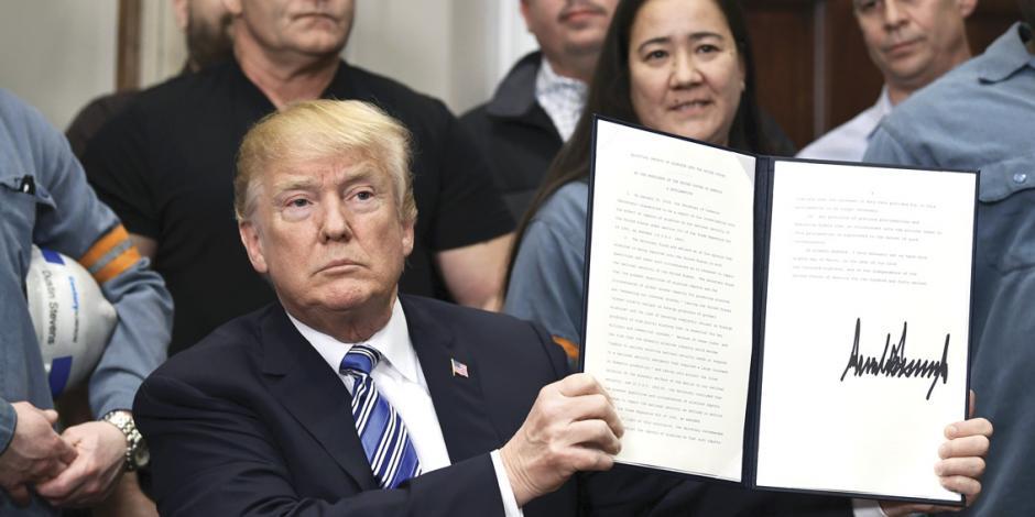 Trump exenta de aranceles a México, pero bajo amenaza