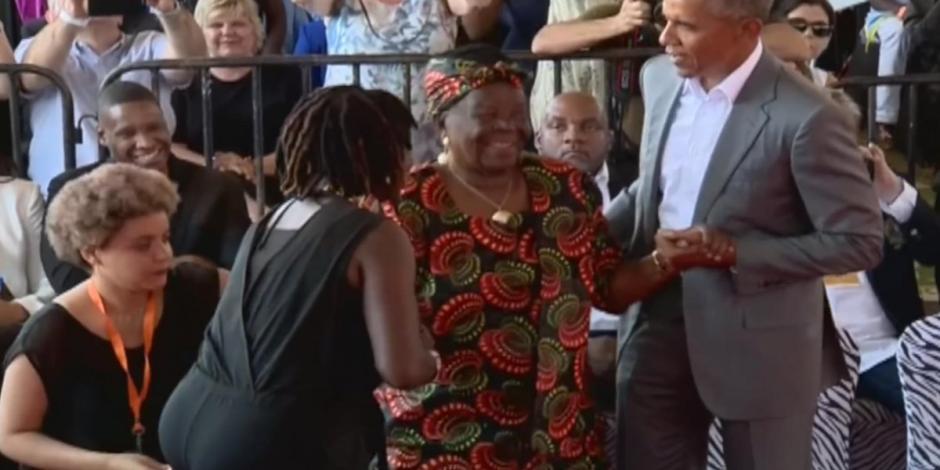 VIDEO: Regresa Obama a Kenia y baila con su abuela