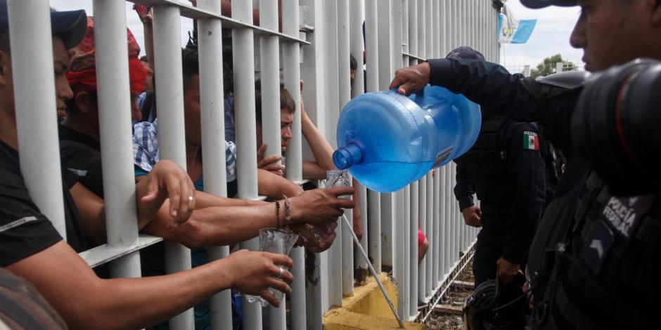 Autoridades mexicanas prometen reabrir frontera sur a migrantes