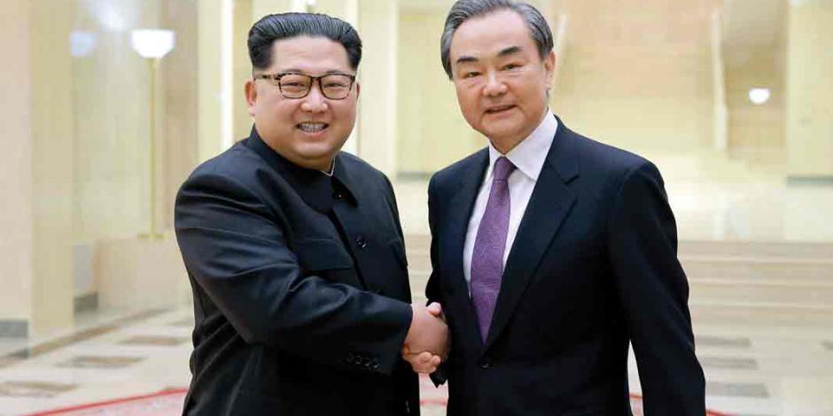 """Las """"provocaciones de EU"""" ponen en riesgo cumbre, acusa Norcorea"""