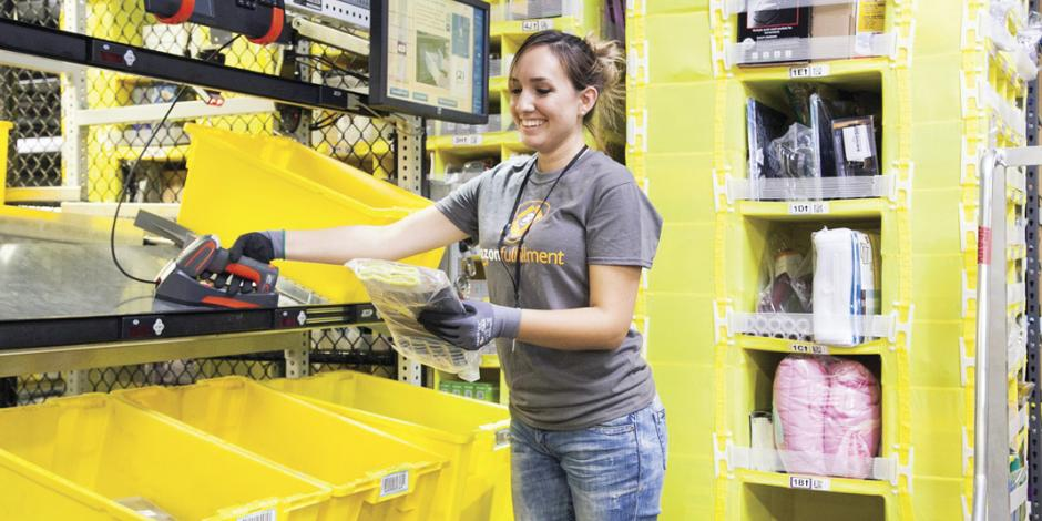 Amazon gana 1% en bolsa de NY, sortea a Trump