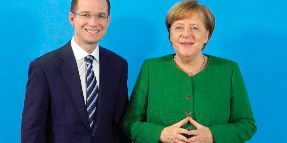 Anaya se reúne con Merkel en Berlín