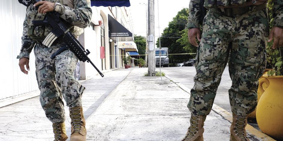 En Cancún asesinan a dos elementos de la Semar