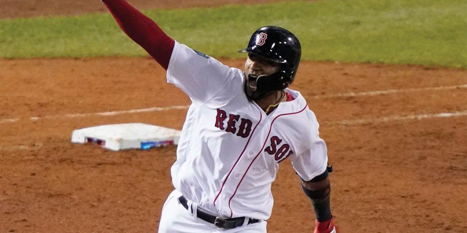 Con home run de Eduardo Núñez, Boston gana juego 1
