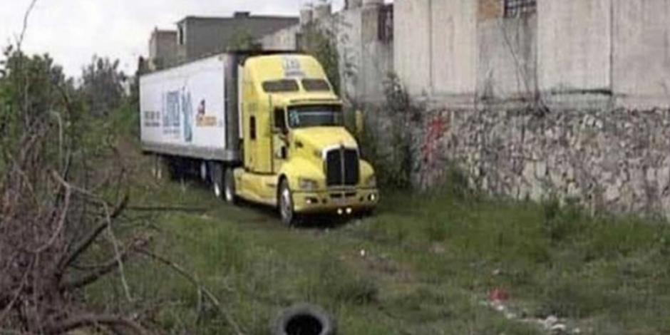 Al estar lleno Semefo, colocan 100 cadáveres en tráiler frigorífico en Jalisco