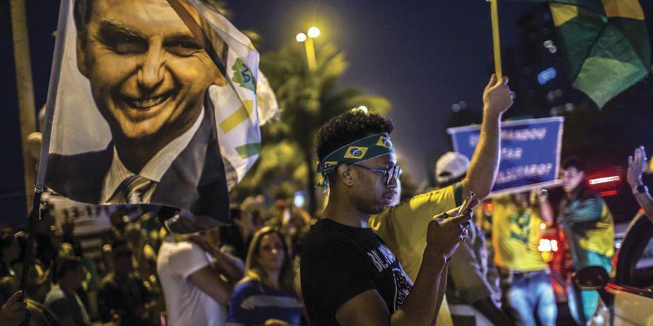 Los que no votaron dividido decidirán el futuro de Brasil: catedrática