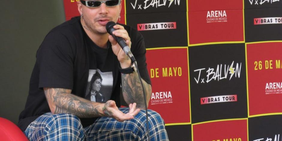 J Balvin llama burro a Maduro y lo insulta en video