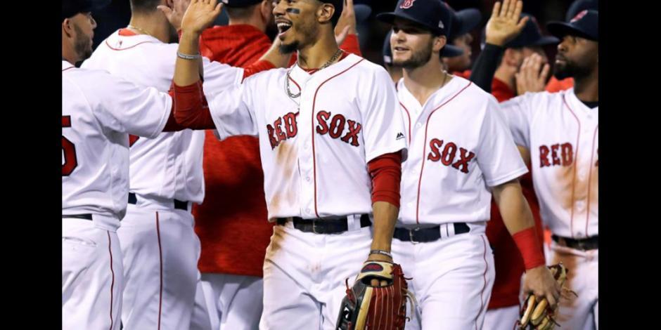 Boston quiere emparejar la Serie de Campeonato ante Astros