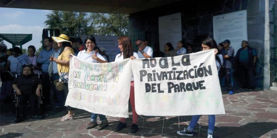 Vecinos de Parque Bicentenario exigen revertir su privatización