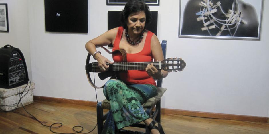 Llega a México la guitarrista, productora musical y cantante Gema Corredera