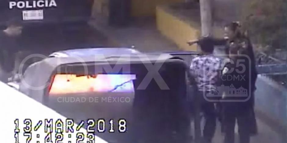 VIDEO: Detienen a 2 en Iztapalapa tras asalto