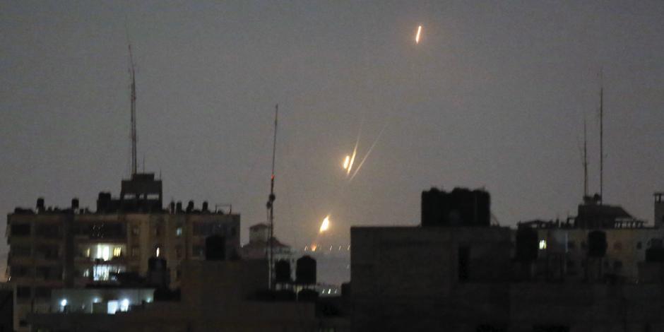 Hamas lanza mayor ataque desde Gaza en 4 años; luego, pide tregua