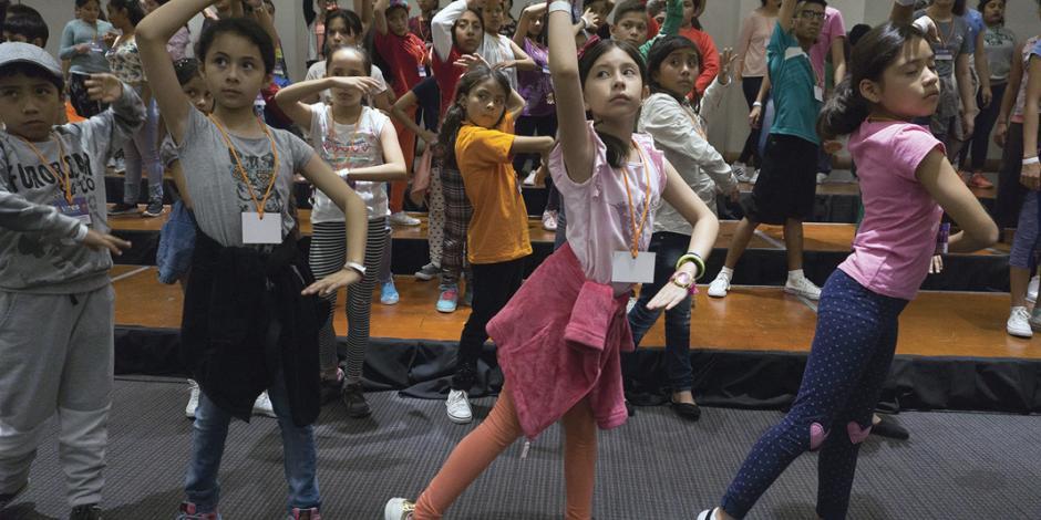 Programa Voces en movimiento fomenta cantos infantiles de equidad