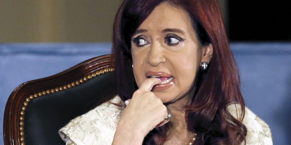 Ordenan prisión contra Cristina Kirchner; la acusan de encabezar red de sobornos