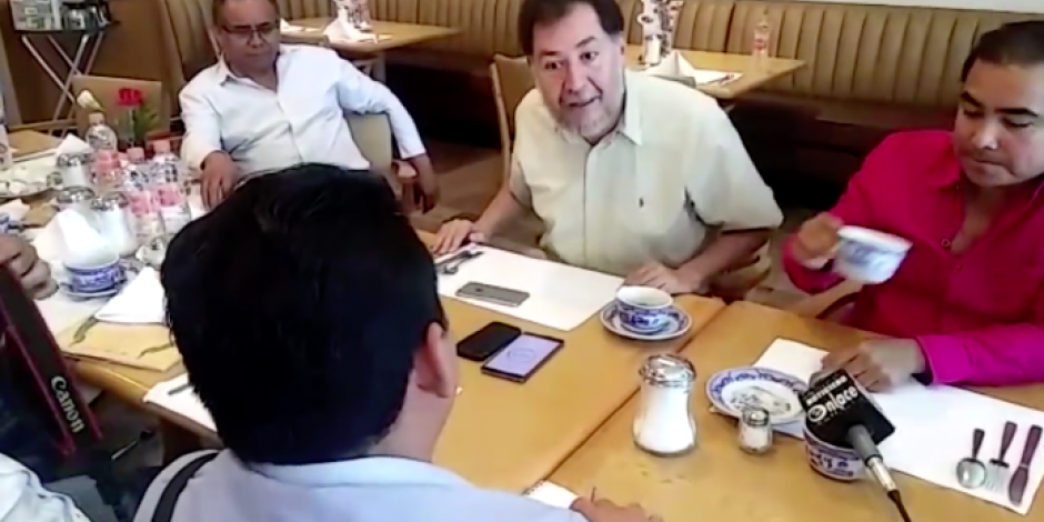 VIDEO: Fernández Noroña se enfrenta con reportero en Acapulco