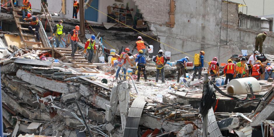 Amplía GCDMX presupuesto en apoyo a damnificados por sismo