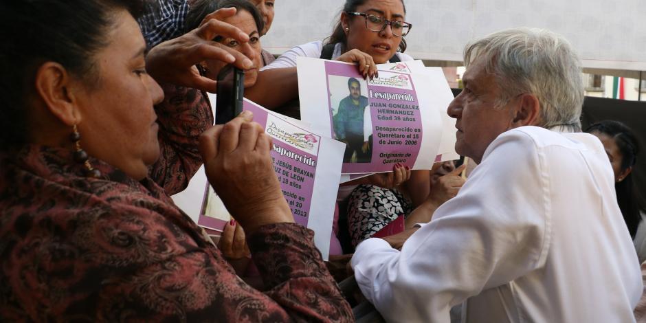 Asegura López Obrador cierre de oficinas de ProMéxico