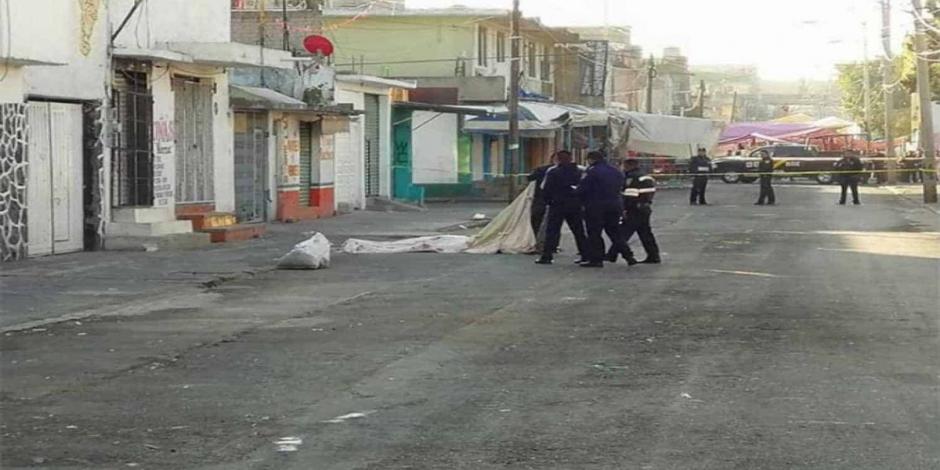 Encuentran vecinos de Iztapalapa 3 cuerpos torturados