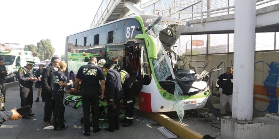 Choca Mexibús: deja 22 heridos