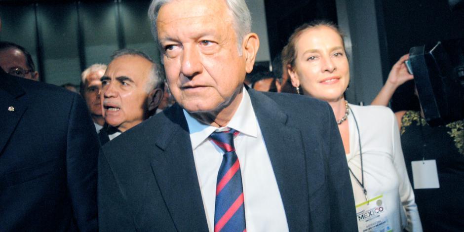 AMLO choca con IP ahora por fiscal general