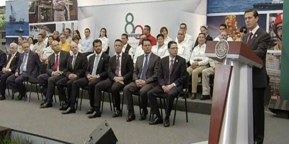 EPN prevé inversiones por más de 200 mil mdd en sector energético