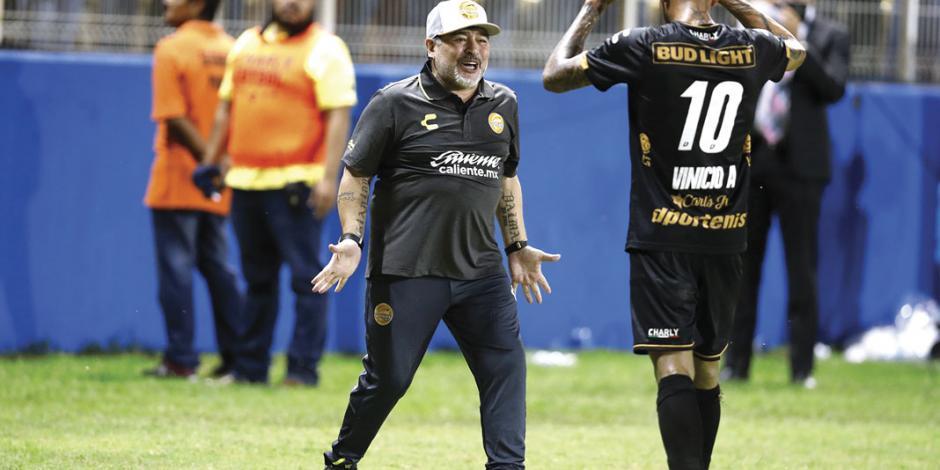 Diego Maradona y Dorados, en una noche de diez
