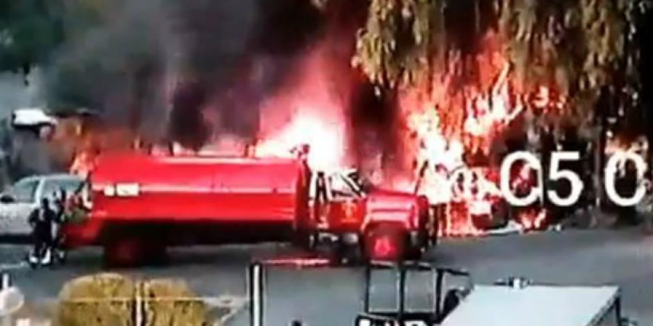 Sofocan bomberos incendio en Azcapotzalco