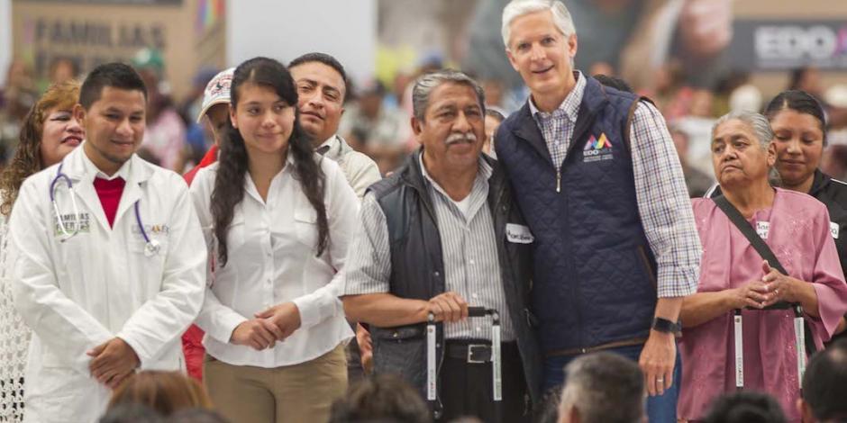 Ayudan canastas a que mexiquenses tengan buena alimentación: Del Mazo