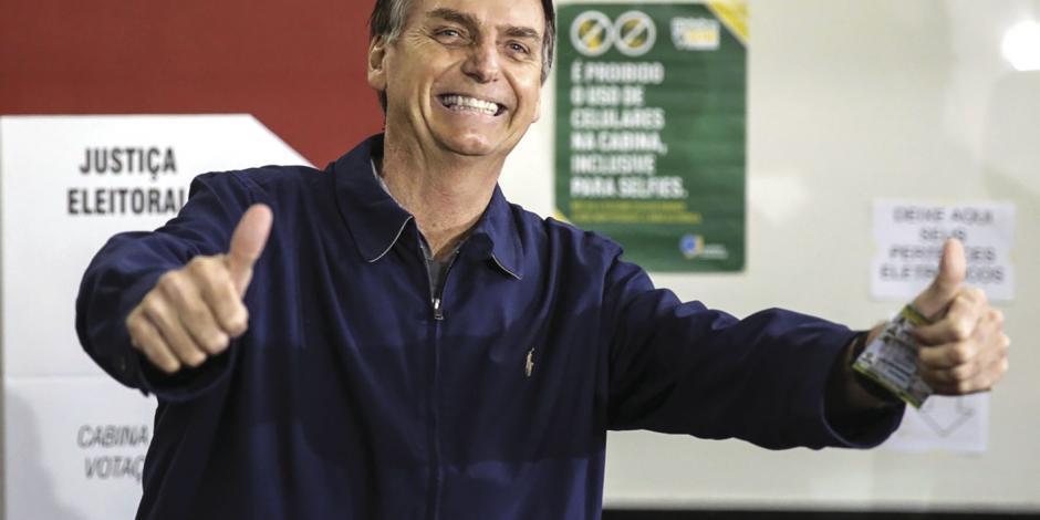 Brasil: El populista de derecha logra victoria, pero no impide segunda vuelta