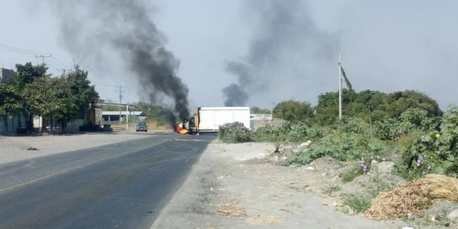 Detención de presunto líder criminal provoca bloqueos en Apatzingán