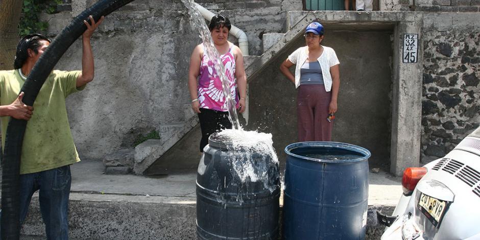 Escasez de agua: Amieva descarta colapso... pipas irán escoltadas