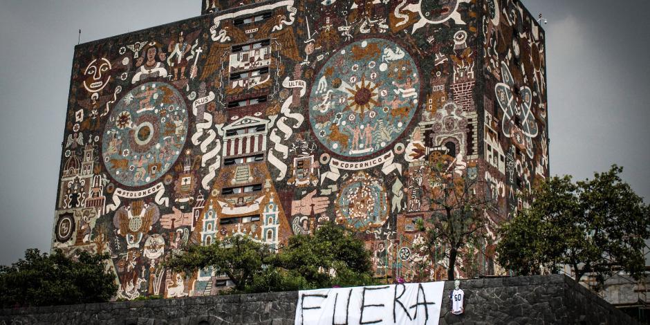 UNAM rinde homenaje a víctimas del 2 de octubre del 68