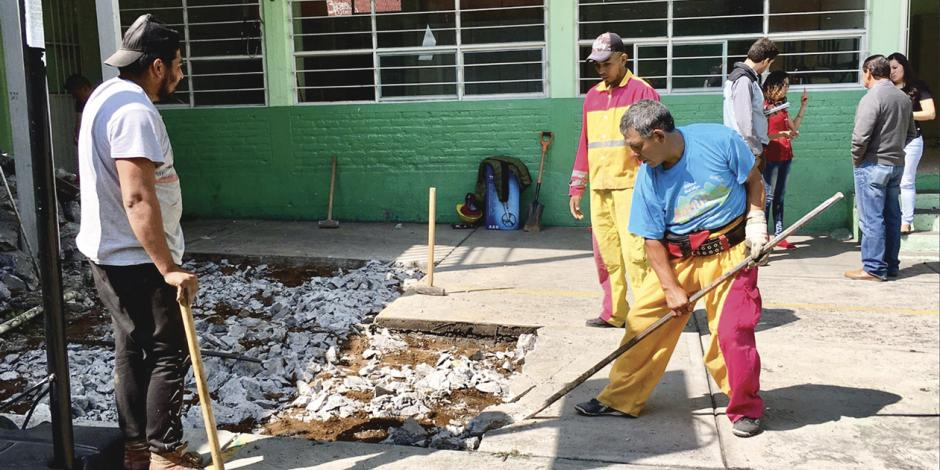 Continuarán obras de reconstrucción de Escuelas al CIEN en vacaciones