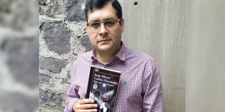 En novela negra exploran vínculos de los mandos policiales con la corrupción