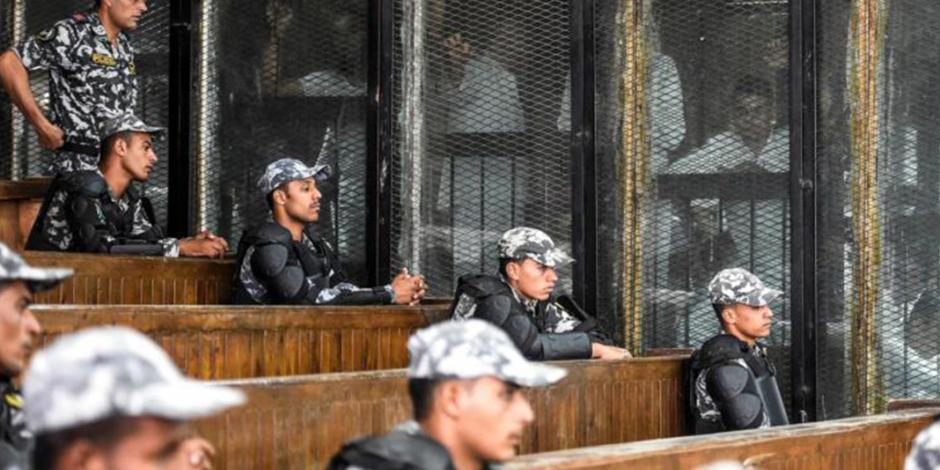 Condenan a muerte a 75 musulmanes por protestas en Egipto en 2013