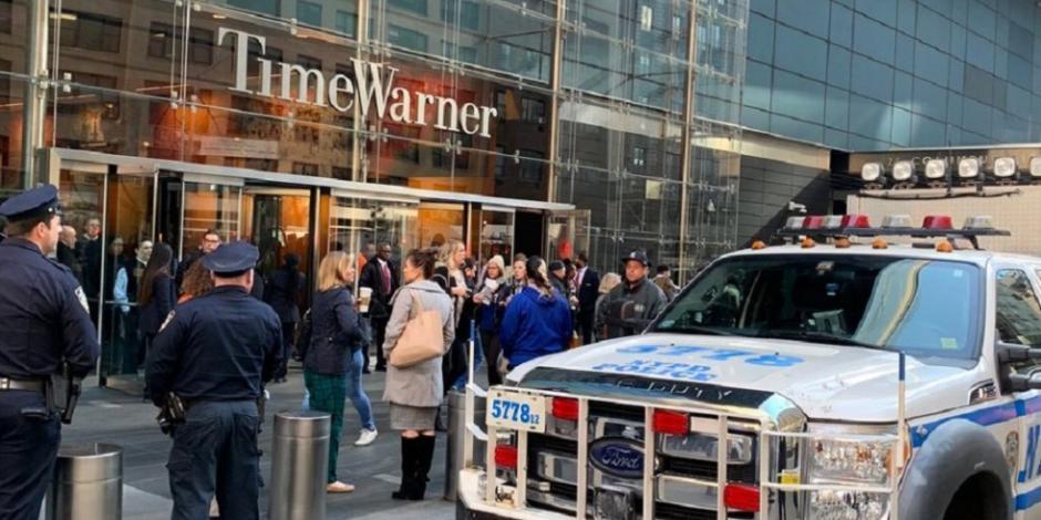 ...Y desalojan sede de CNN en Nueva York por paquete sospechoso