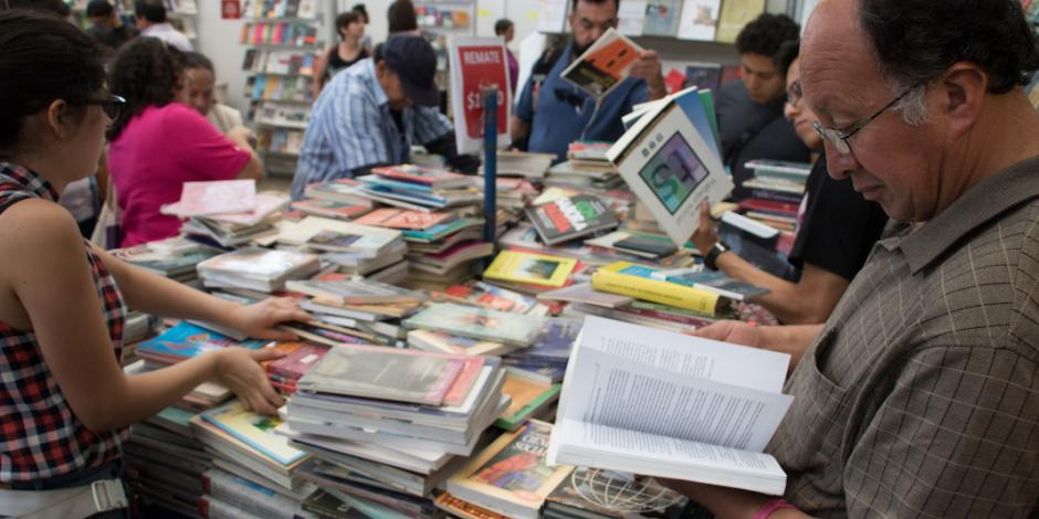 Inicia el Gran Remate de Libros en el Auditorio Nacional