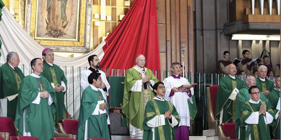 Pide arzobispo orar por la paz nacional