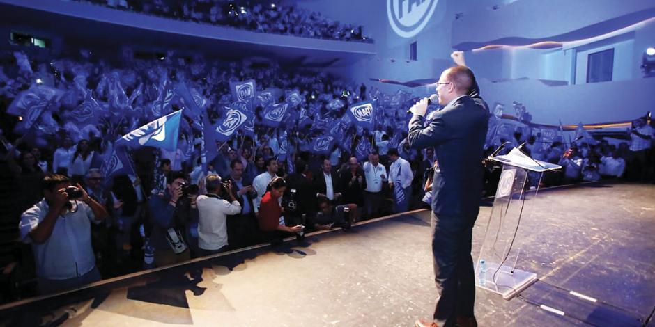 Corral salva a Anaya: retira denuncia por elección sucia de 2015 en AN